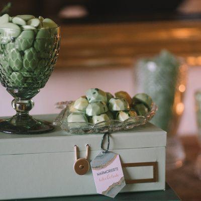 winterlicher sweet table im geode style